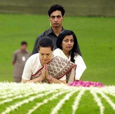 Congress President Sonia Gandhi pays homage at the samadhi of Jawahar Lal Nehru