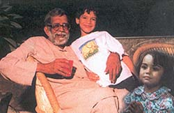 Rajni Kothari with his grandchildren