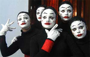 Mime Artist Stage Show | Book Online