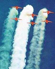 http://www.tribuneindia.com/2003/20031107/ind.jpg