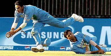 gast bowler balaji tamilnadu