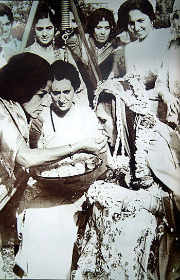Wedding celebrations in the presence of Indira Gandhi