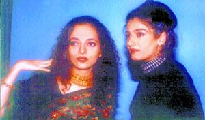 Rakhi with sis-in-law Raveena: Acting teachers