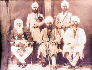 Sikh luminaries come together: Sitting from left, Maharaja Hira Singh of Nabha, Tikka Ripudaman Singh and Bhai Kahn Singh