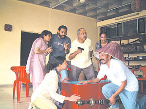 The tribune chandigarh india delhi and neighbourhood for Farcical comedy