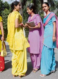 Girls in their favourite salwars on the Punjabi University campus