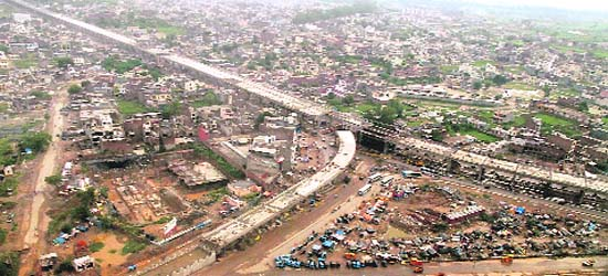 Zirakpur India  city pictures gallery : An aerial view of the Zirakpur flyover being built by the National ...