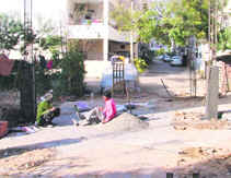is joint family in india disappearing The joint family is fast disappearing from the milieu of the capital a report  labelled housing conditions in delhi shows that the average size of.