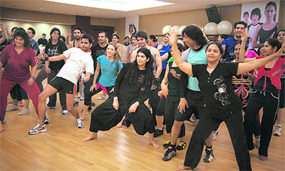 how to learn dance step by step on bollywood songs