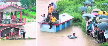 People being rescued in the Morowala area, near Dehradun, on Saturday.