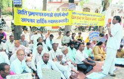 India, protesta dei paria: minacciano la conversione al Buddismo
