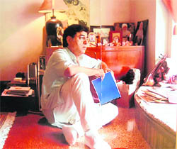 Jagjit Singh at his studio in Mumbai
