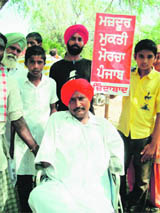 Sant Ram Udasi's songs, popularised by (L) Bant Singh, call for justice to the poor