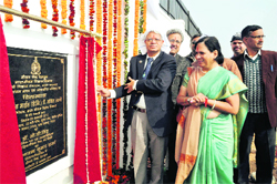 Air Marshal Ajit Tyagi (retd.) lays the foundation stone of the new building of the Meteorological Department in Dehradun