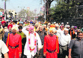 Mahant Devender Dass leads 'Nagar Parikarma' on the concluding day of Jhanda Mela in Dehradun on Wednesday.