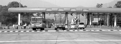 A view of the toll plaza on the highway.